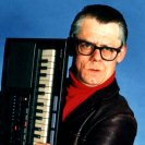 What car does comedian John Shuttleworth drive?
